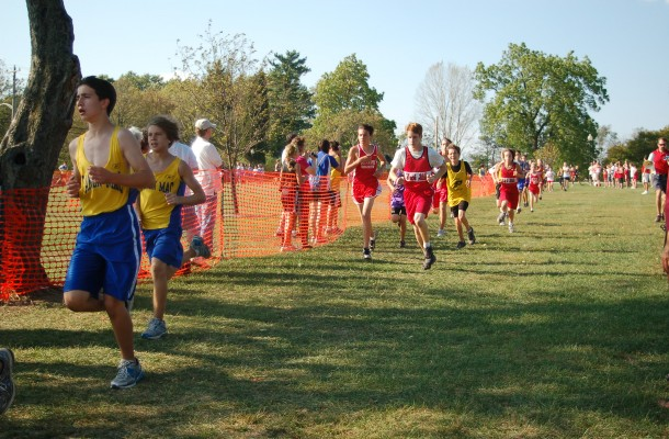 Middle School Runners Grab 10 Medals