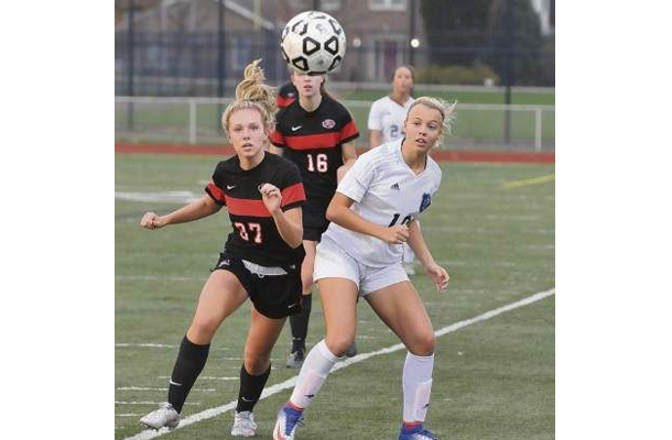 Lady Foxes Lose in WPIAL Final