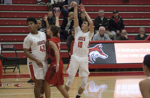 Foxes End Skid at Holiday Tournament