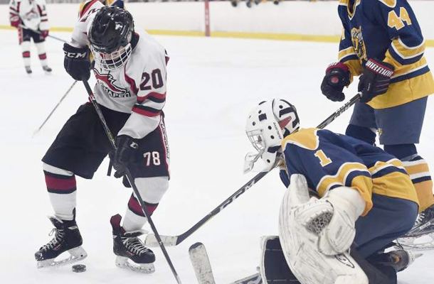 Hockey Continues Winning Ways
