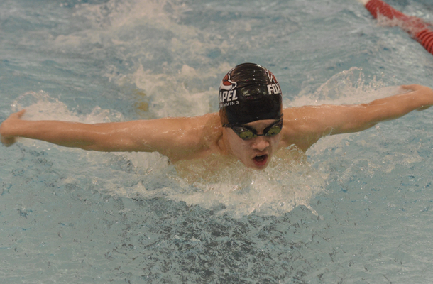 Boys' swimmers chasing 1st section title since '90