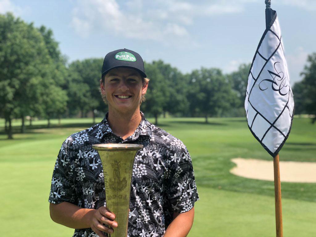 Gregor Meyer with Trophy